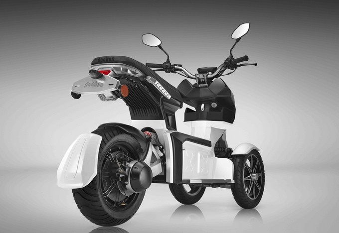 DOOHAN iTANK 2 0 | 2018 3-WHEELED ELECTRIC SCOOTER